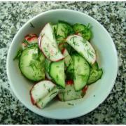 Салат из огурца и редиса